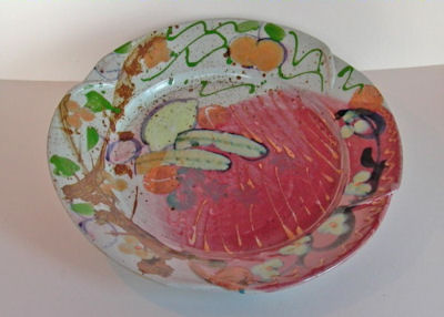 L1000098-a.jpg - Large stoneware platter with lemons and bananas.